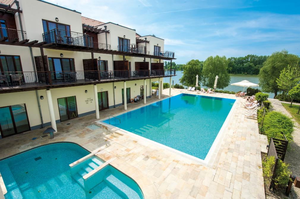 Pihenés a Tisza-tó partján, vadregényes környezetben: Tisza Balneum Thermal Hotel ****